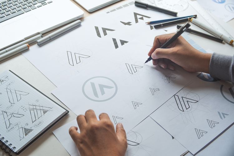 6 Tips on Choosing a Logo That Helps Your Brand Stand Out